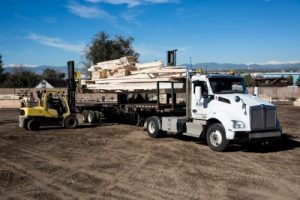 Alpine Lumber Builder Oriented & Residential Lumber Solutions Commerce City Truck Loading 15 400x267 1 300x200 - Commerce City Truck Loading-15 (400x267)